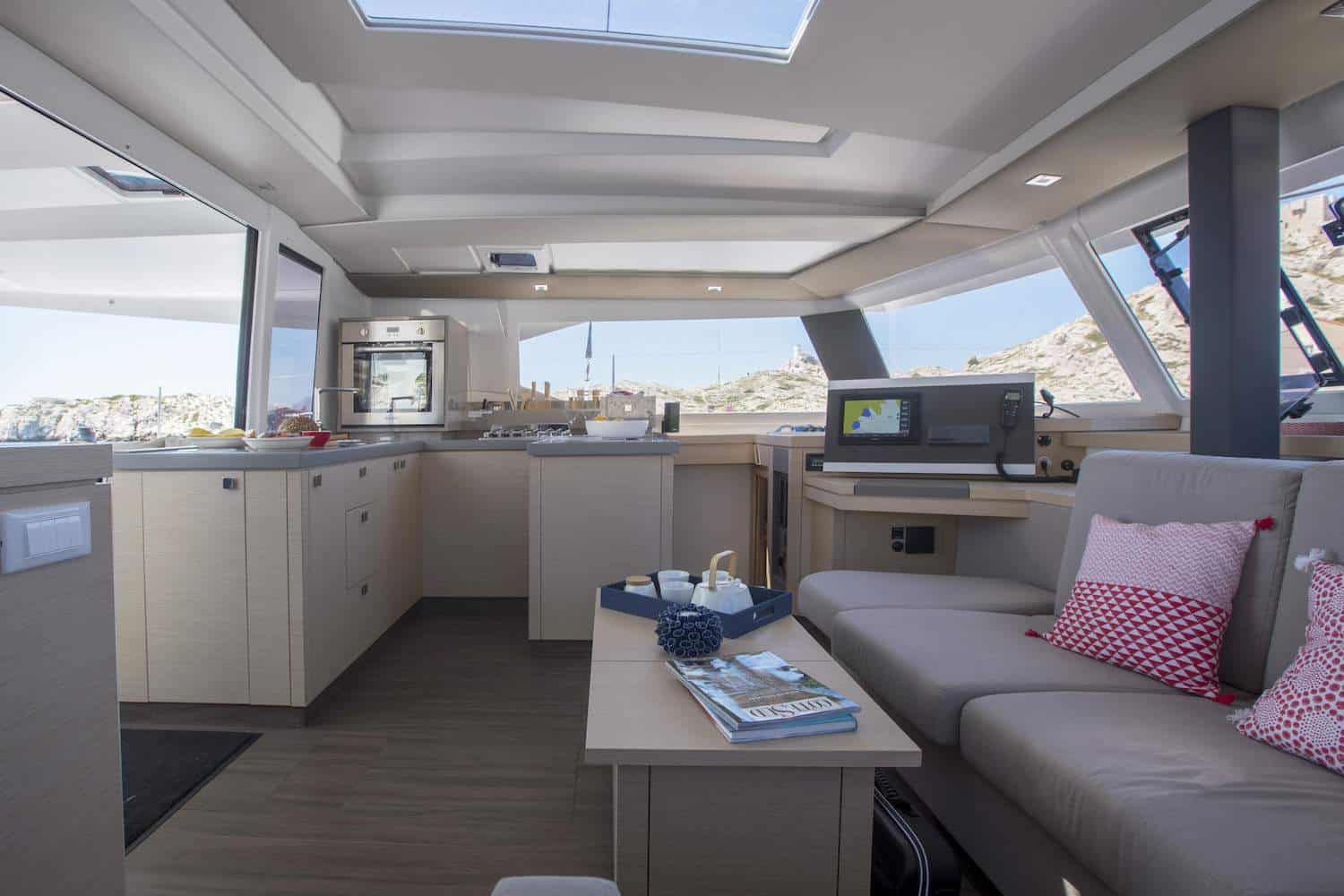 Saloon and navigation area of the luxurious Beautiful and luxurious design of the spacious head of the Fountaine Pajot Astrea 42