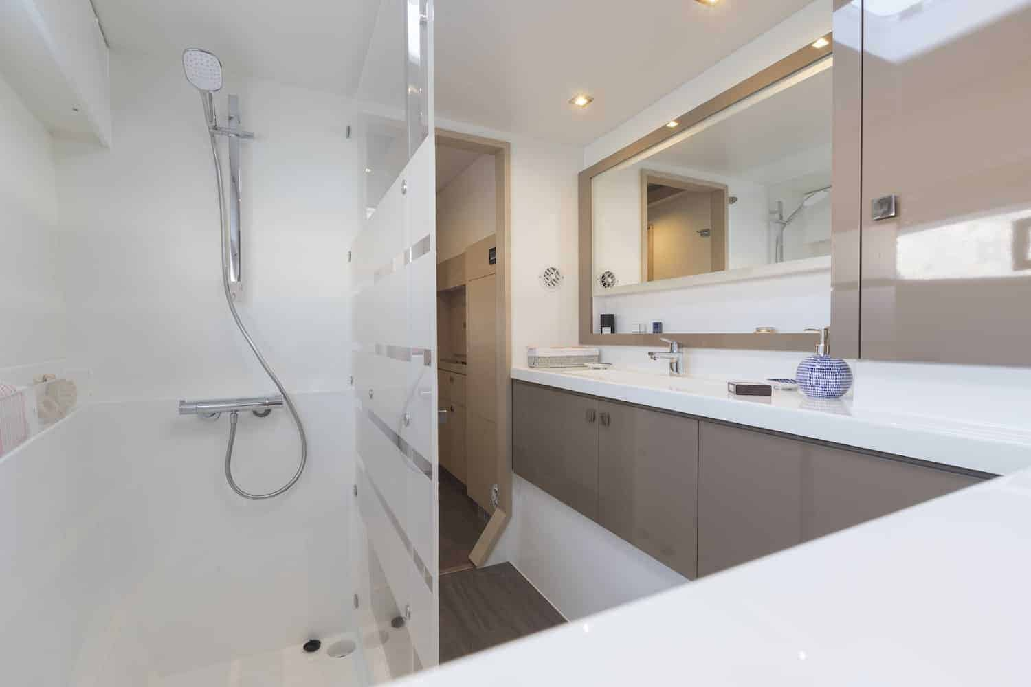 Beautiful and luxurious design of the spacious head of the Fountaine Pajot Astrea 42