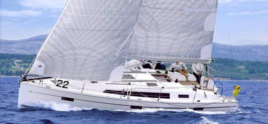Bavaria Cruiser 41S exterior