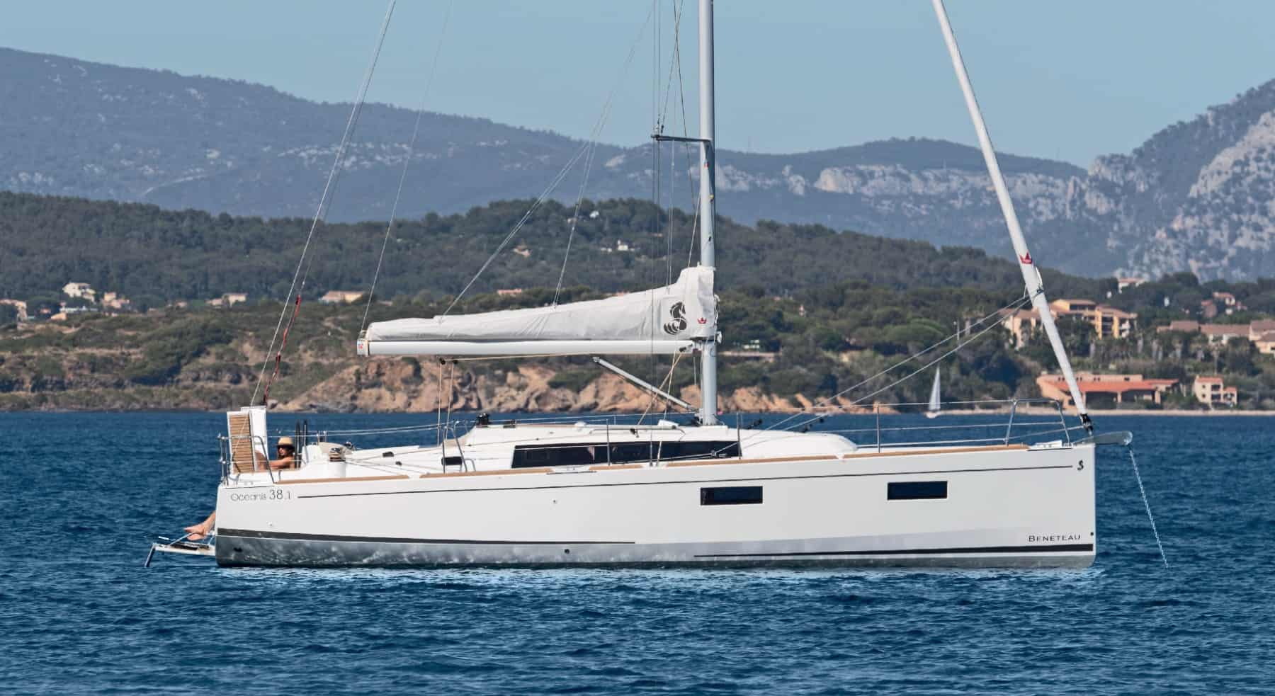 The Beneteau 38.1 calmy crusing down the beautiful coast line of croatia