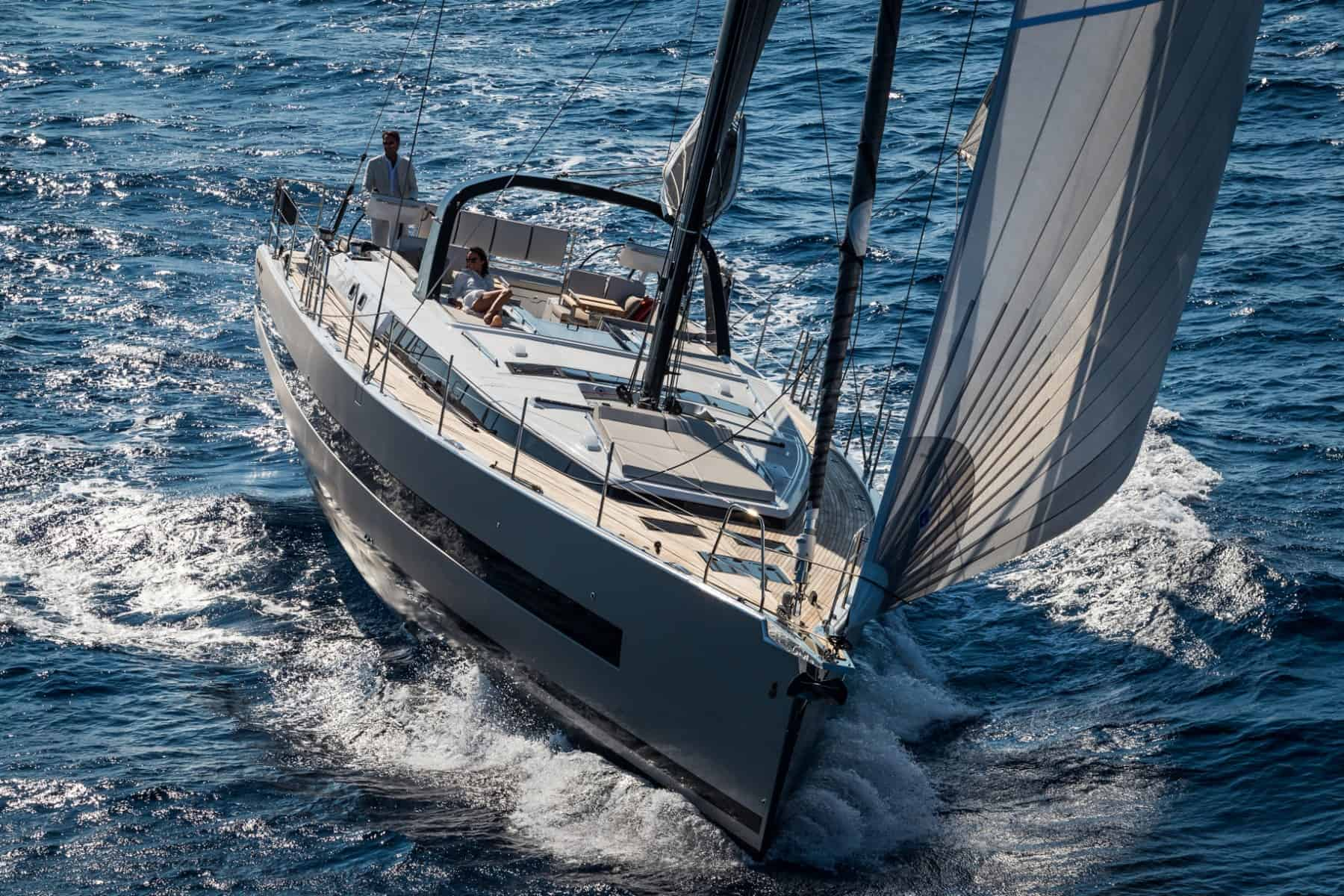 beneteau-oceanis-yacht-62 heads on yacht-match