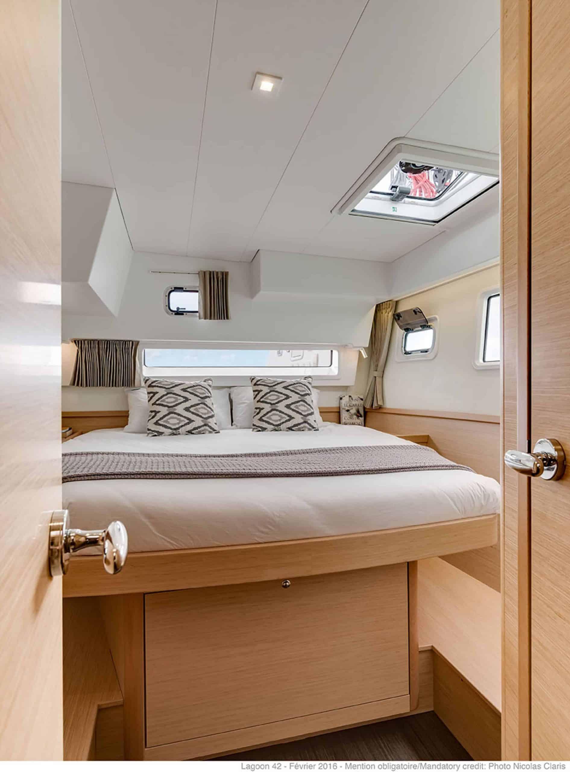 Cabin interior design with massive double bed