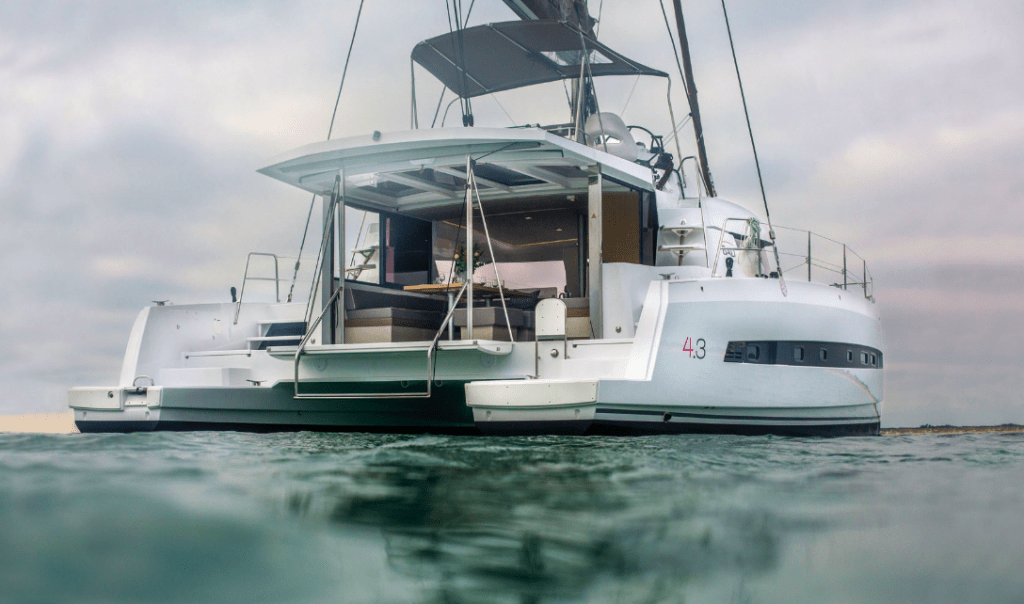 Rear of the Bali 4.3 Loft calmly floating in the water
