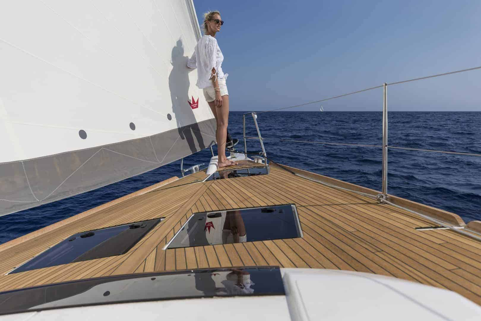 Dufour 520 Grand Large foredeck