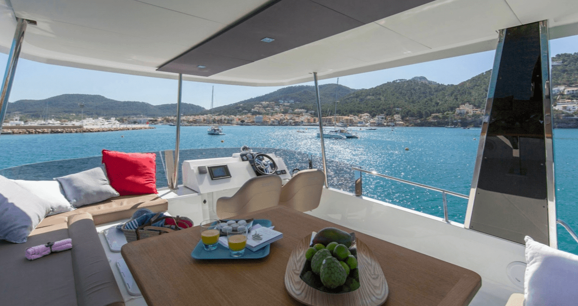 The beautifully designed and spacious fly bridge of the Fountaine Pajot Motor Yacht 37