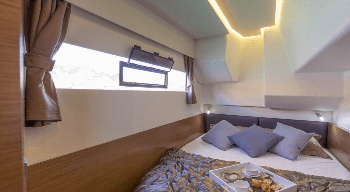 Beautiful cabin with double bed of the Fountaine Pajot Motor Yacht 37