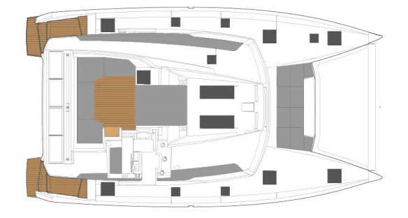 Layout from above showing the deck and flybridge of the spacious Fountaine Pajot New 45