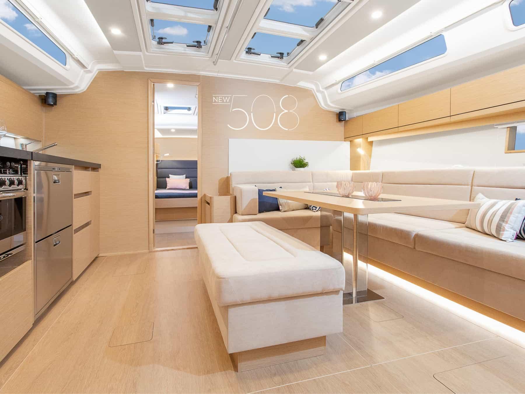 Hanse508_interior_salon