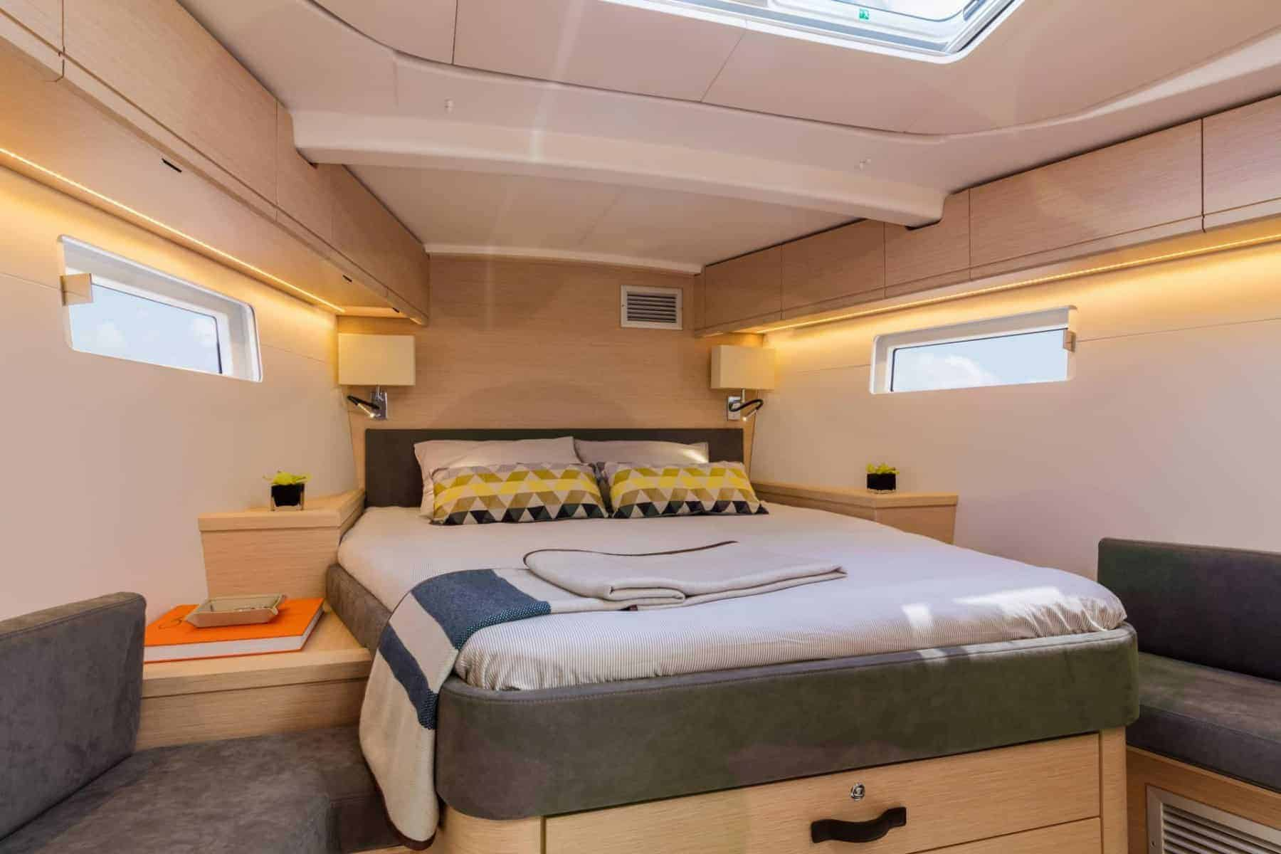 Jeanneau-51-interior-cabin-5-charter-ownership-yacht