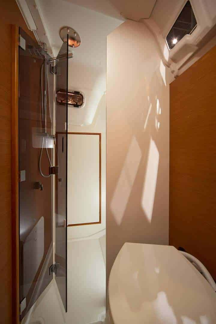 Shower and toilette in the head of a Jeanneau Sun Odyssey 349