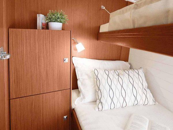 Bavaria-Cruiser-51-interior-cabin-ownership-yacht