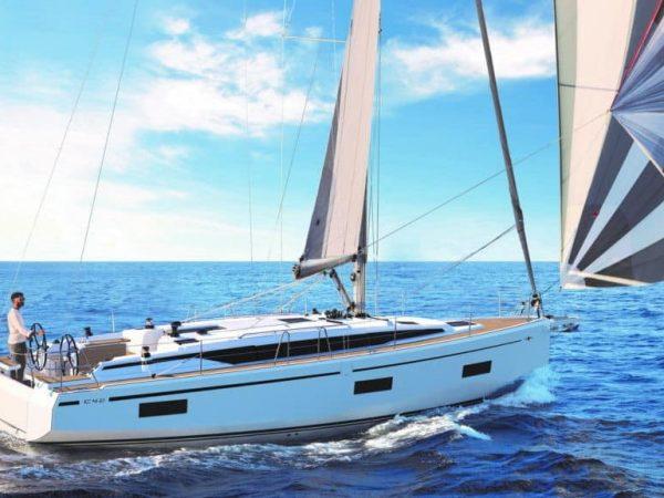 BavariaC42_sailing_for_charter