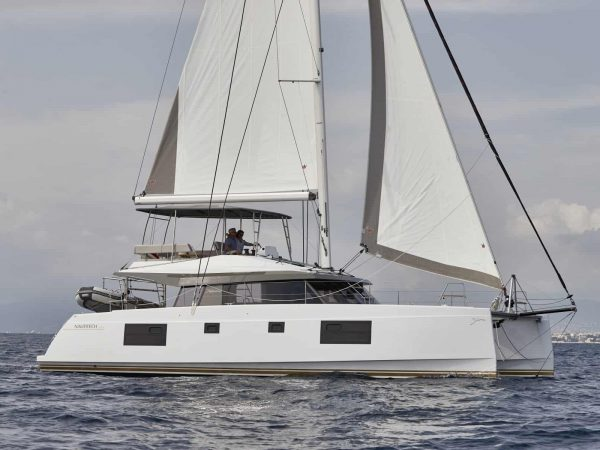 Bavaria-Nautitech-46-fly-interior-interior-charter-ownership-yacht