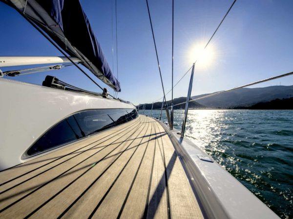 X-Yachts X46 sailing full-teak