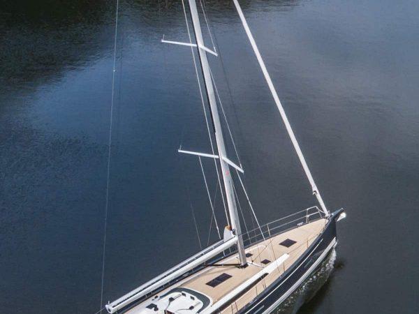 X-Yachts X46 sailing