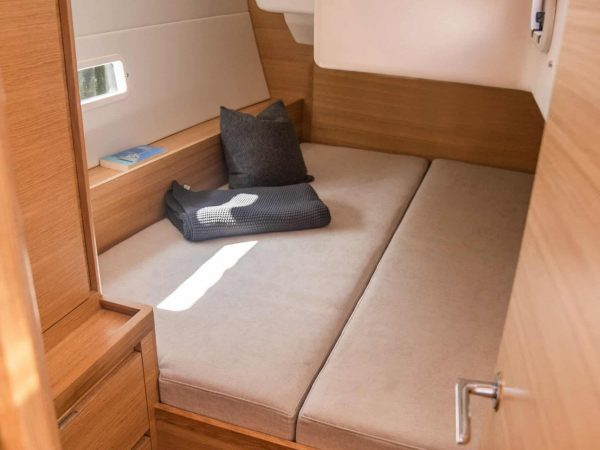 X-Yachts X46_Aft-cabin_All-Nordic-oak