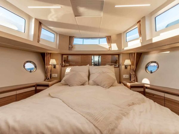 greenline_yachts_45fly-interior-13