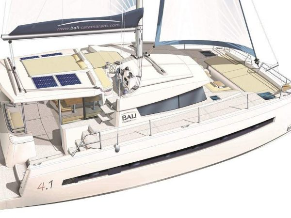 Exterior layout of the BALI 4.1 Catamaran from the side